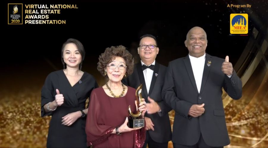 Group photo from left: Evon Heng, organising chairperson of NREA 2020, Khatijah binti Abdullah, recipient of MIEA Lifetime Achievement Award, Lim Boon Ping, president of MIEA and Soma Sundram, CEO of MIEA.