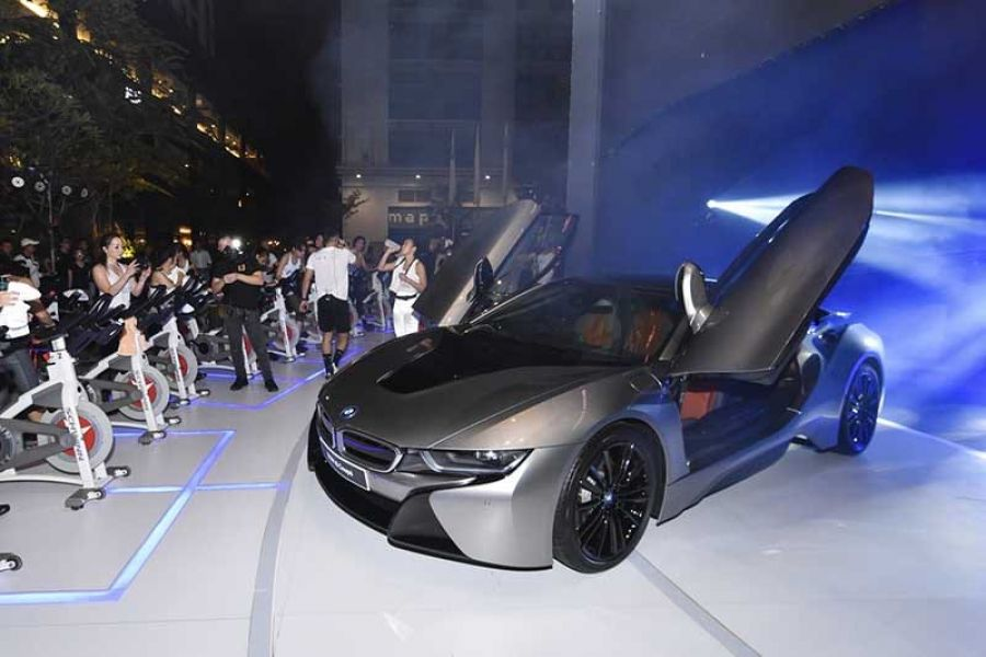 Bmw Unveils Bmw I8 Coupe At The Largest Outdoor Flycycle Class In
